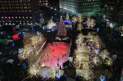 when is the christmas tree lighting 2017 guide to detroit tree lighting after5 detroit