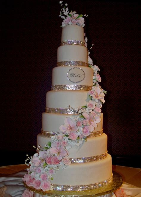 hochzeitstorte glitzer glitter wedding cake i m in wedding ideas