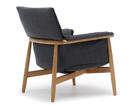Lounge Sofas And Chairs E015 Embrace Lounge Chair Hivemodern