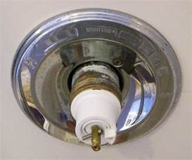 fixing leaky delta bathtub faucet 171 bathroom design