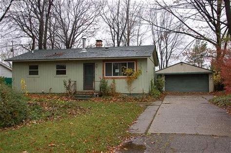 6254 woodsdale dr grand blanc michigan 48439 foreclosed
