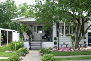 charming cottage style manufactured home