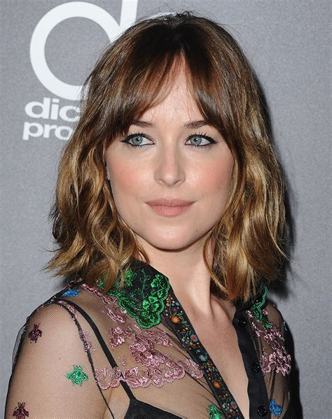 what kind of haircut does dakota johnson stylenoted trending hairstyles the shag