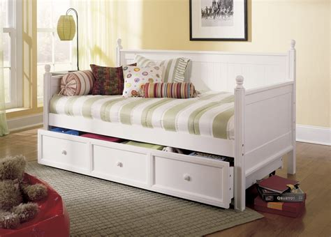 design a doll day bed daybeds with pop up trundle homesfeed