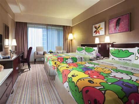2 bedroom hotel hong kong 2 bedroom suite hong kong home decorations idea