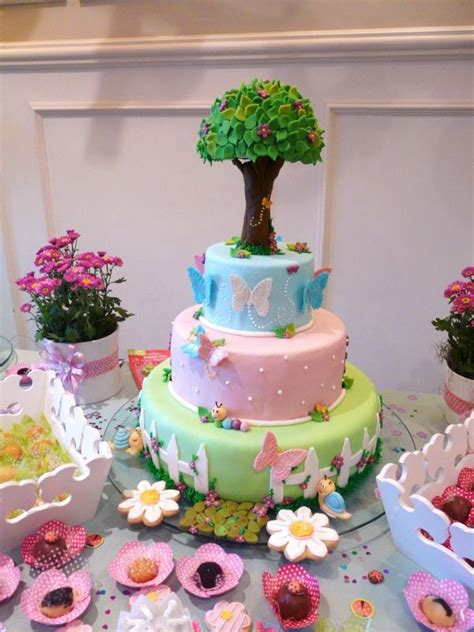 Garden Cakes Ideas 17 Best Ideas About Garden Cakes On Pinterest Garden Birthday Cake Vegetable Garden Cake And