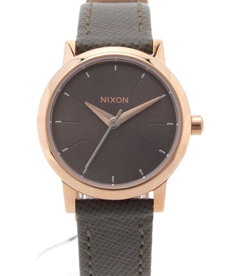 Kenzin Leather nixon ニクソン の the kenzi leather 腕時計 wear