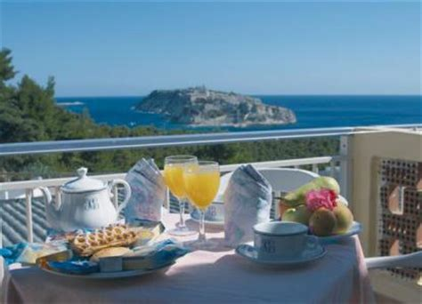 hotel gabbiano isole tremiti hotel ristorante gabbiano hotel isole tremiti puglia