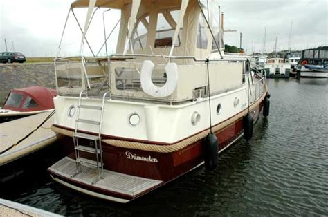 jachtboot te koop het wijntje blijft gewoon staan roode draeck boten nl