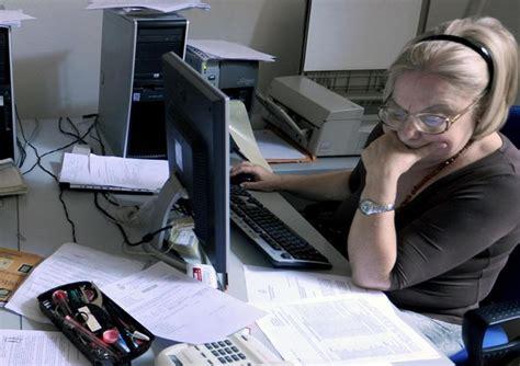 uffici pubblica amministrazione pa bocciata dai dipendenti ancora pochi acquisti green