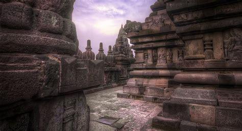 Interior Pillars file ancient temple passage 7863104540 jpg wikimedia