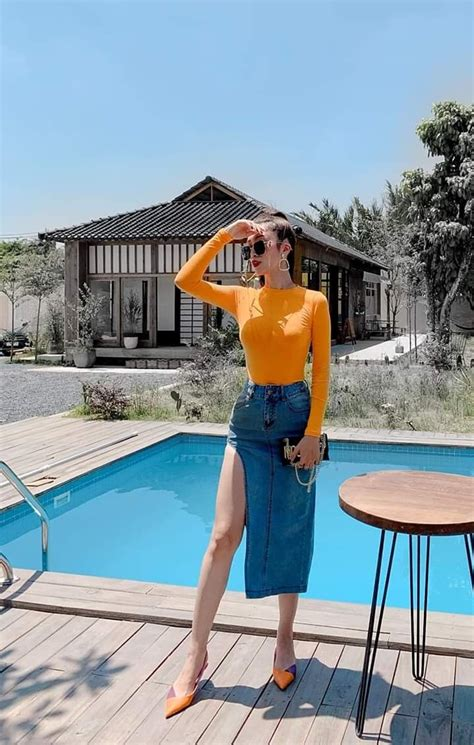 pin  akansha negi  outfit outfits fashion high waisted skirt