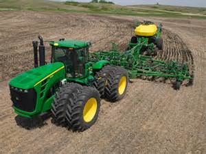 John deere big farm tractor pictures to pin on pinterest
