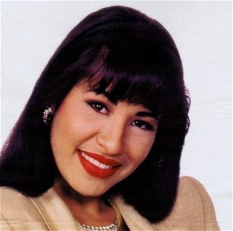 rosie perezdies she wear wigs 17 best images about selena on pinterest