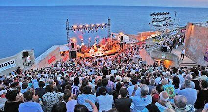music festival in the south of france go languedoc fiest a de sete festival in languedoc