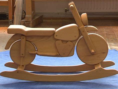 motorradwerkstatt vorarlberg kunstvolles spielzeug aus holzresten noe orf at