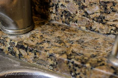 Clean Granite Countertops Without Streaks by A Better Way Of Cleaning Granite Countertops And