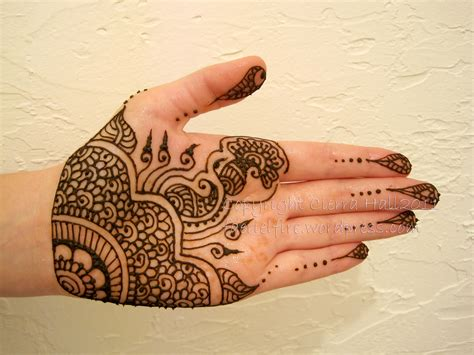 what kind of ink is used for henna tattoos recent henna the henna leaf henna in chicago