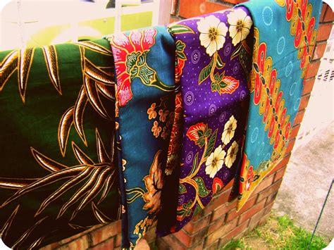 Kain Batik A in a whiz kain batik opah