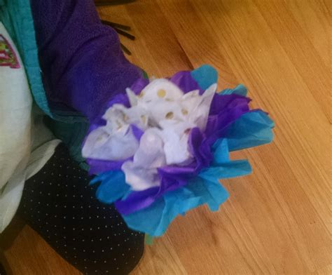 What Can I Make With Tissue Paper - make tissue paper flowers learning resources