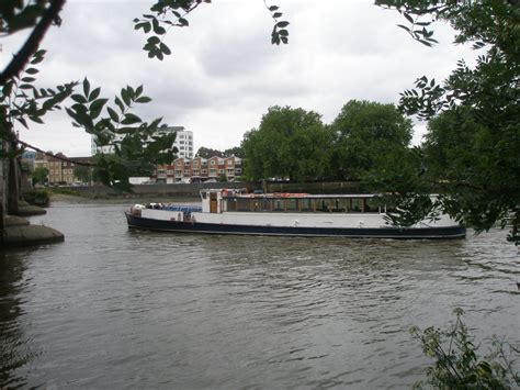 river boat to kew gardens thames river boat cruise kew pier thames river boat