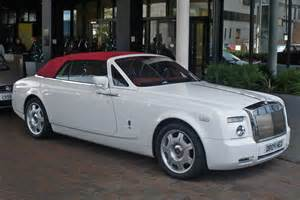 White Rolls Royce Convertible File White And Rr Phantom Drophead Fr Jpg Wikimedia