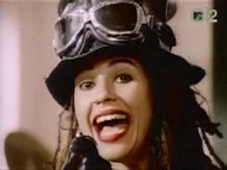 linda perry hit song 4 non blondes tradu 231 227 o e m 250 sicas m 250 sica cultura mix
