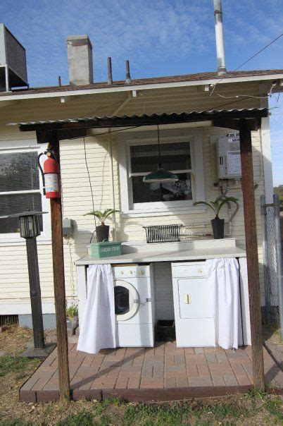 Clotheslines For Small Backyards by Best 25 Outdoor Laundry Rooms Ideas On