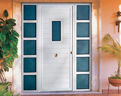 puerta con ventana exposici 243 n de puertas y ventanas en granada moralum
