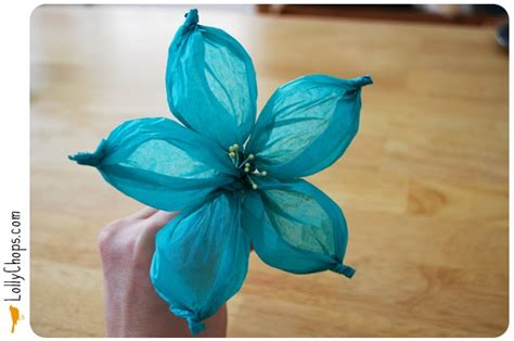 Make Flower From Tissue Paper -