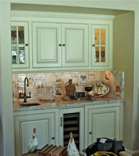 sue murphy design pretty perfect victorian kitchen french country butler s pantry favorite kitchens