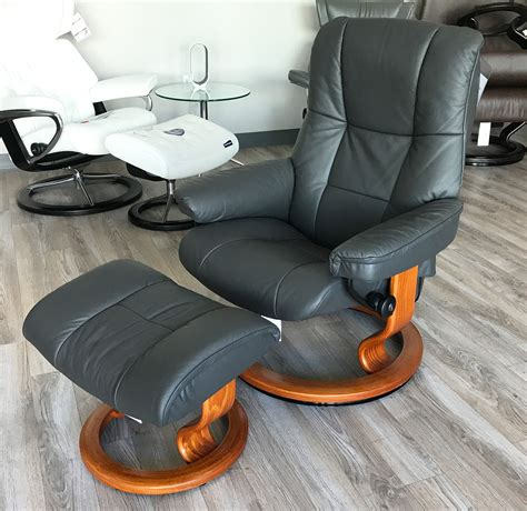 stressless recliner chairs reviews stressless mayfair office chair review chairs seating