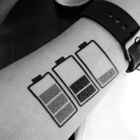 Tato Tatto Temporary Tatto Kecil Tatto Baterei Low 10 5x6 Cm X 205 112 best tats and piercings images on