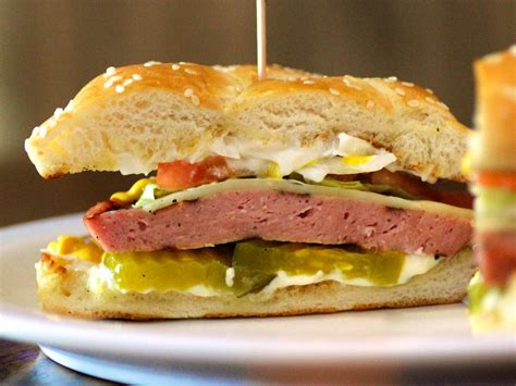 best bologna sandwich in the midwest great bologna is a way of serious eats