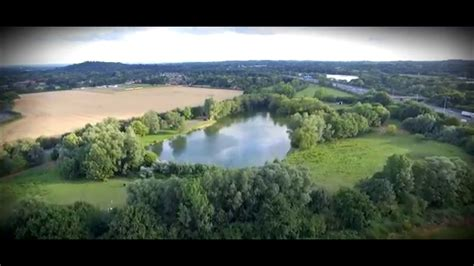 Drone Flyby thorpe lea fishery drone flyby