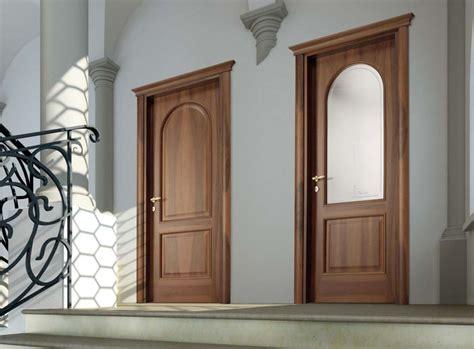 porte per interni classiche porte classiche in legno e vetro satinato magistra cieca