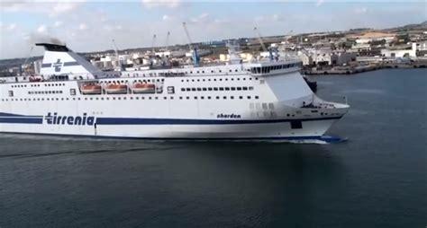 cronaca porto torres cadavere su nave tirrenia a porto torres 3 indagati per