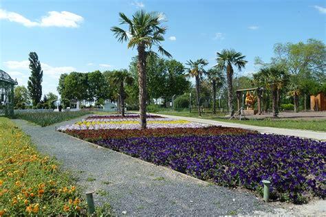giardini fioriti foto foto giardini fioriti giardini fioriti pi belli da