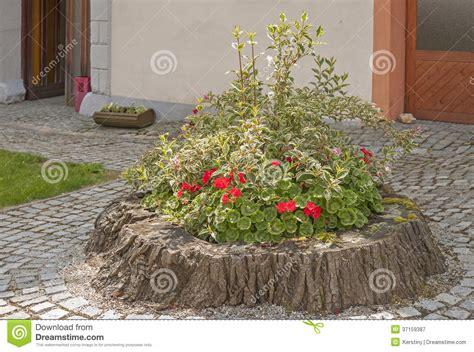 Gartendekoration Bilder by Gartendekoration Lizenzfreie Stockfotografie Bild 37159387