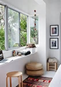 Small Sunroom Decor 26 Smart And Creative Small Sunroom D 233 Cor Ideas Digsdigs