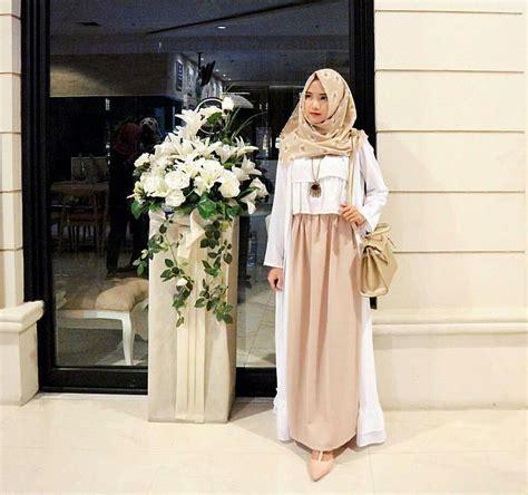 Gamis Lebaran 2018 20 trend model baju muslim lebaran 2018 casual simple dan