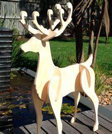 wood reindeer pattern free yard art figures at woodworkersworkshop holidays