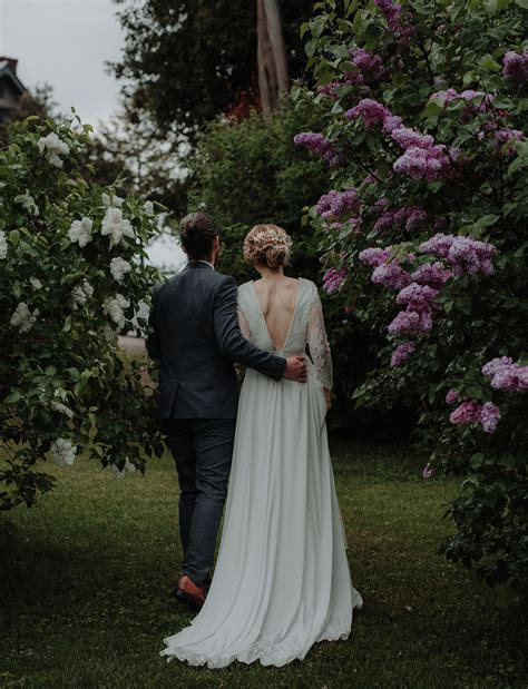 Wedding Dresses Vermont by Intimate Vintage Inspired Vermont Wedding Erin Mike