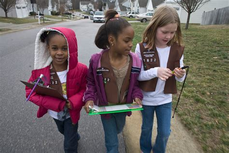 girls scouts of the usa girls scouts of northeast texas world they re back the second annual girl scout cookie and wine