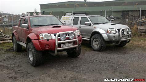 How Big Is A 2 Car Garage nissan king cab 2004 garaget