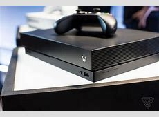 Microsoft can't explain why its 4K is $100 better than ... Xbox 1 Vs Ps4 Size