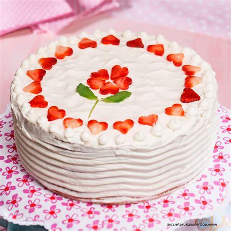 Torten Verzieren by Kuchen Dekorieren 1reich Erdbeer Holler Torte Torten