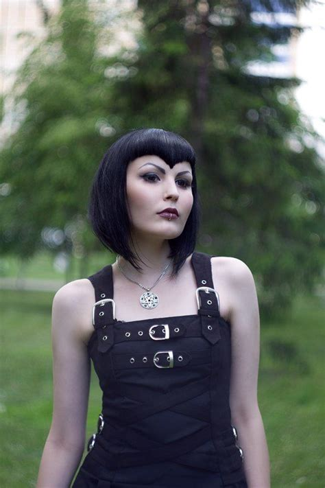 old goth bangs hairstyle gothic pointy bangs tresses pinterest