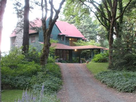 bed and breakfast hood river lakecliff bed and breakfast hood river or b b reviews