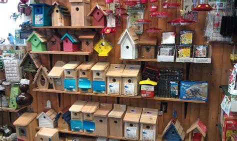 Backyard Bird Store by 100 Backyard Bird Store How To Turn Your Backyard Into A Bird Refuge Build A Brush Pile